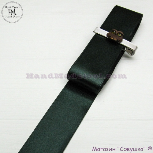 Double sides satin ribbon 4 cm width, colour 77-dark emerald.