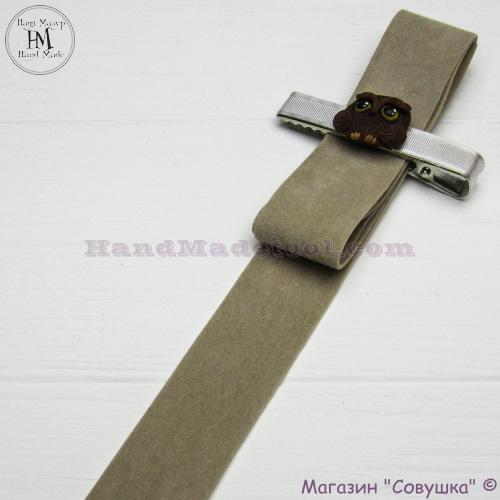 Faux suede ribbon 2,5 cm width, colour 02-antique.